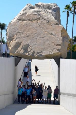 "LAIAP students discover another ""Rock"" at MOMA (Museum of Modern Art)"