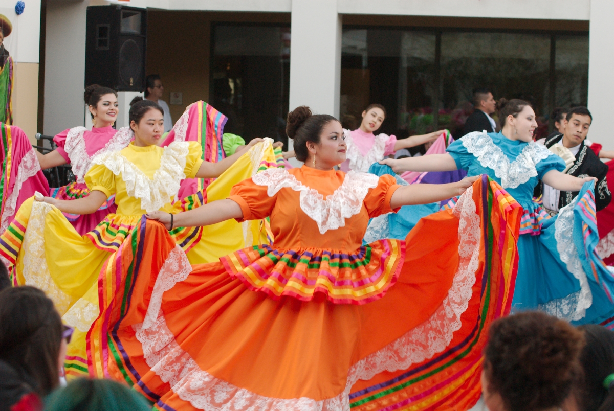 life in the hispanic american culture The history and experience of latinos/hispanics in the  of mixed blood who today live in mexico, central american,  of cultural marginalization.