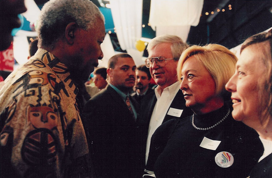Nelson Mandela and Linda Biehl '65