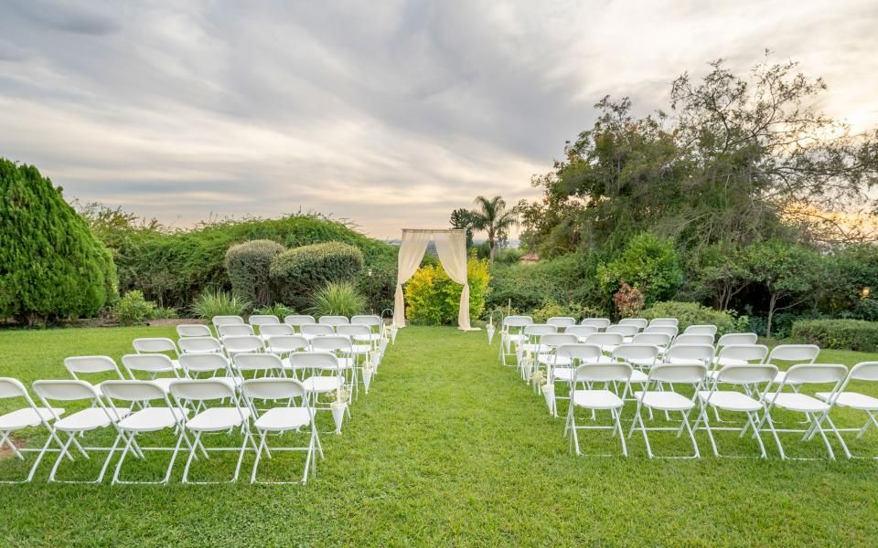 Lawn ceremony set up